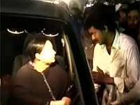 Vijay meets Jayalalitha