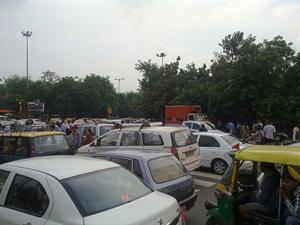 Delhi rain and traffic jam
