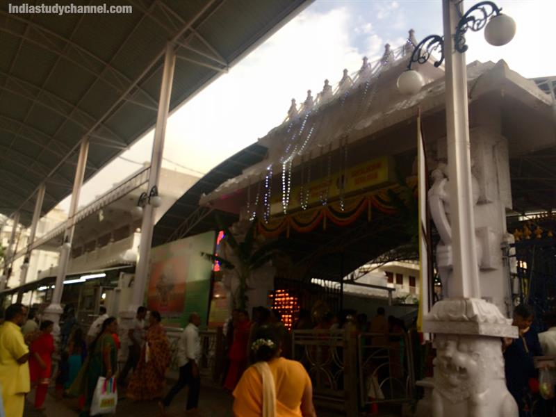 Main gate of ashtalakshmi temple, kothapet