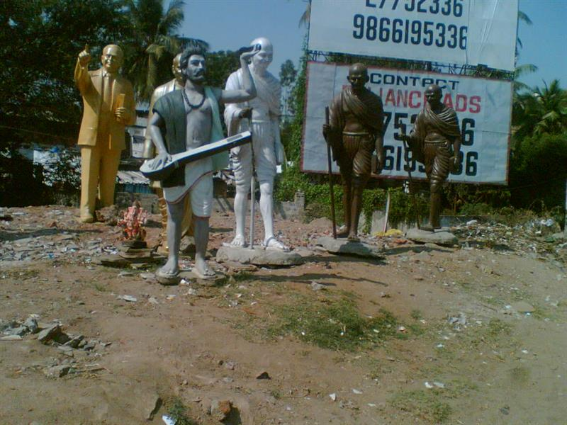 Statues of leaders for sale in Secunderabad