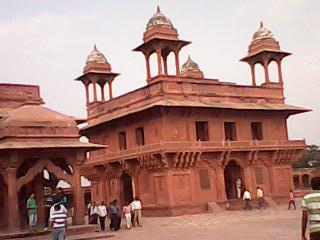 Diwan-i-Khas – Hall of Private Audience in Fathepur Sikri, Agra, Uttar Pradesh state of India