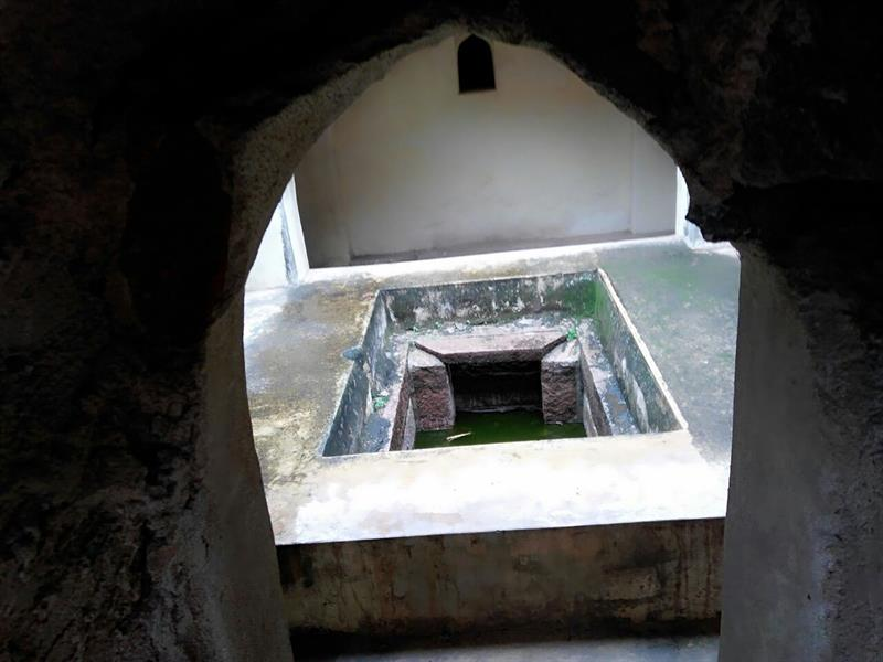 Water tub in Golconda Fort, Hyderabad