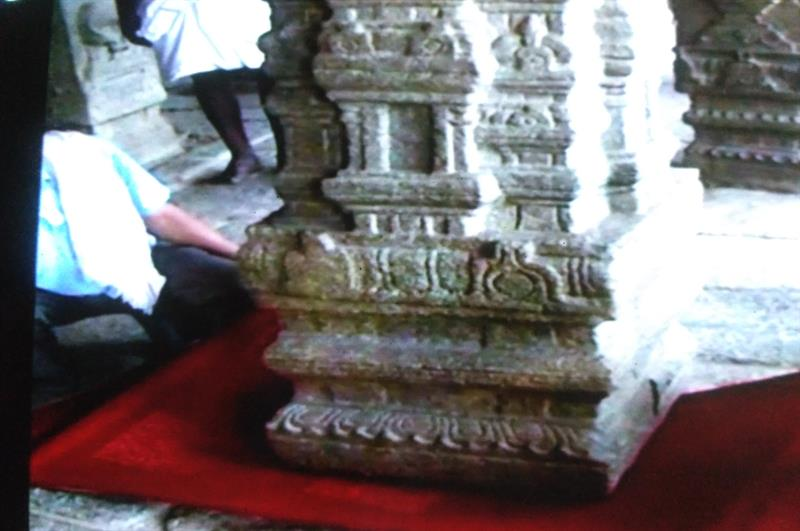 A Pillar of Veerabhadra Swamy Temple does not rest on the ground, Anantapur, A.P.
