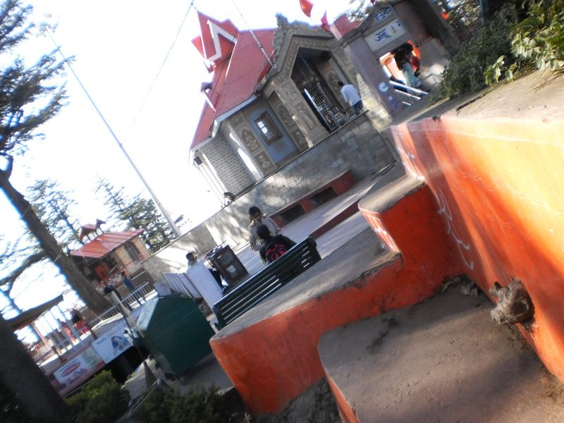 Hanuman temple or Jaakhoo temple, Shimla