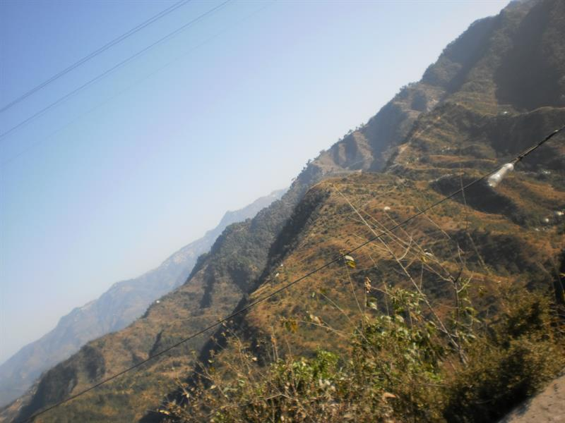 nearby hills and valleys of shimla outskirts
