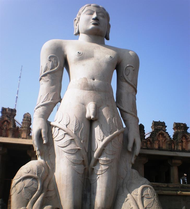 Gommateshwara statue at Shravanabelagola is a largest monolithic statue in the world