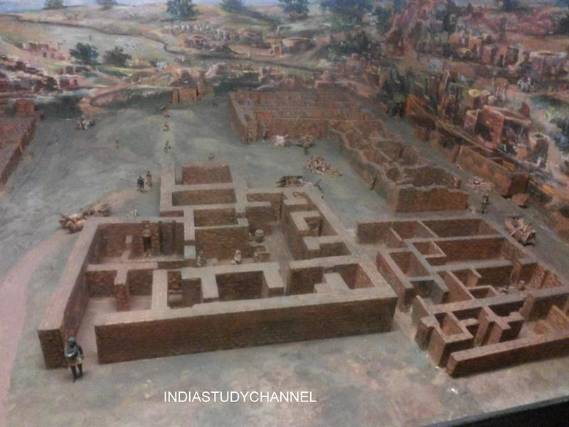 Great reconstruction of Harappan civiliztion of Indus valley as seen in Chhatrapati Shivaji Museum