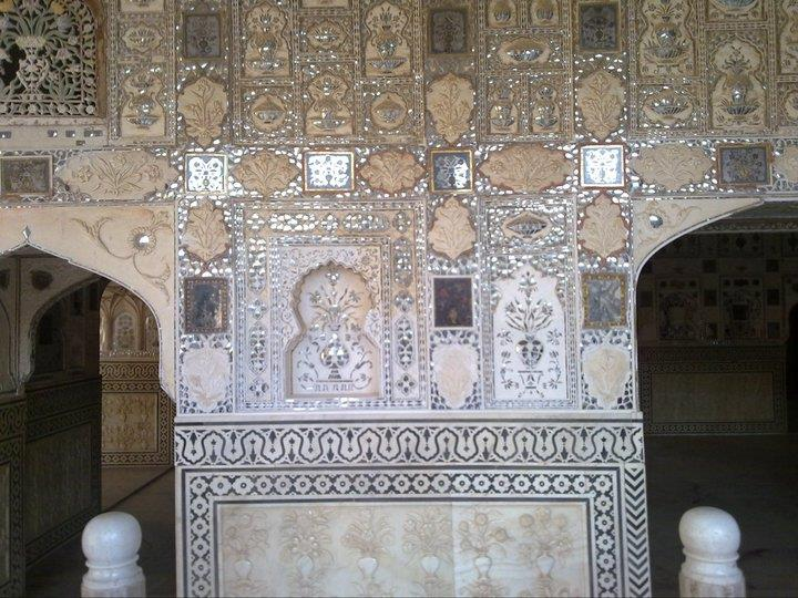 Intricate filigree work at Jaipur Palace