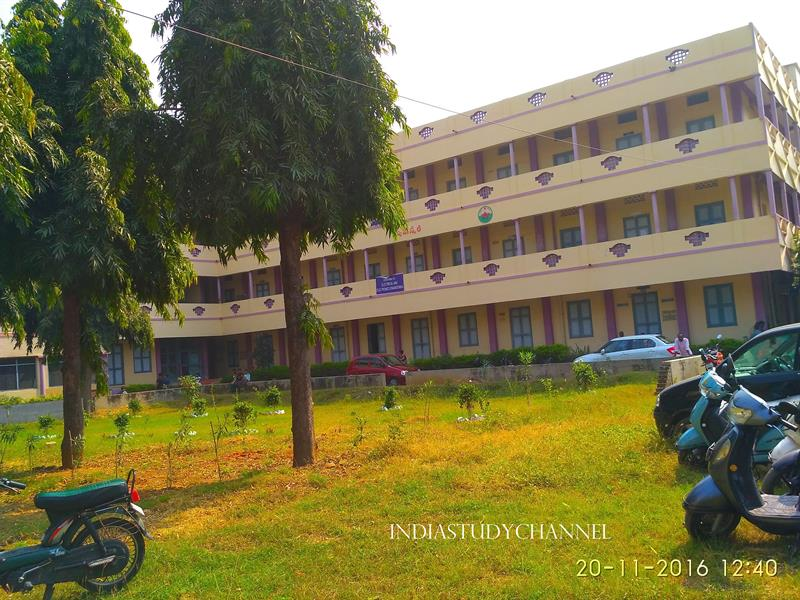 Electronics and Communication Engineering wing of Hindu College, Guntur