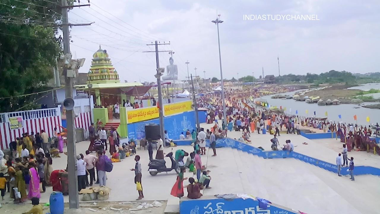 A scene from Krishna Pushkaralu in Amaravathi Ghat of Amaravathi of Guntur District, A.P.