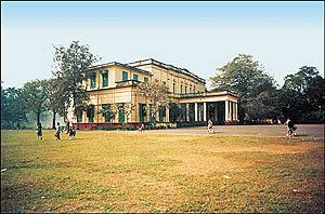 Hastings House, Kolkata (Courtesyy: Google)