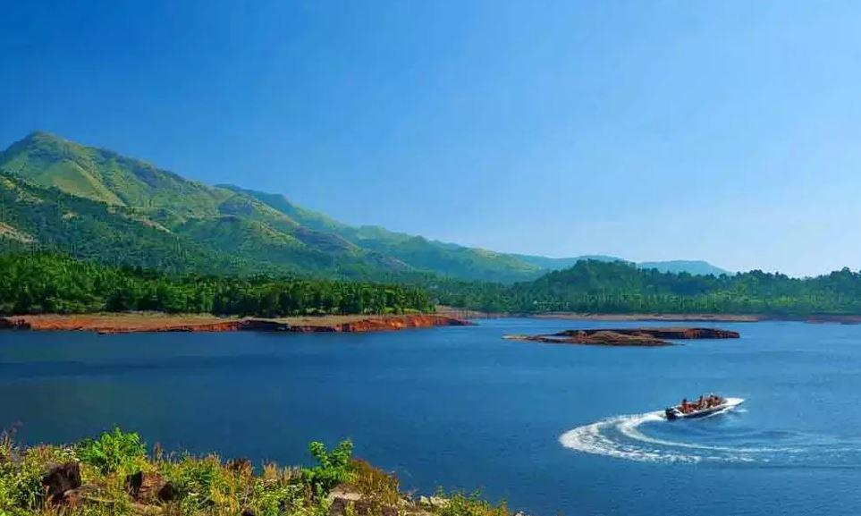 attractions of wayanad banasura sagar dam