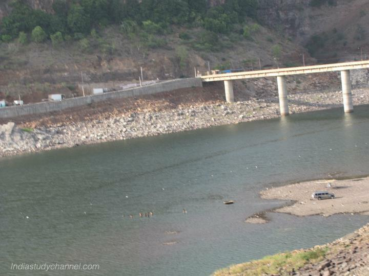 Picture of river krishna in srisailam