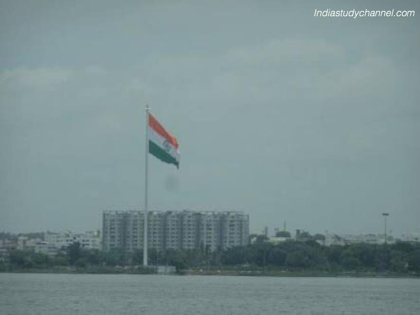 Photo of Indian National Flag in Hussainsagar
