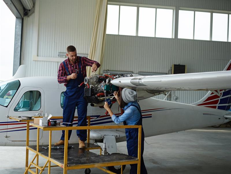 Duties of Aircraft Maintenance Engineering